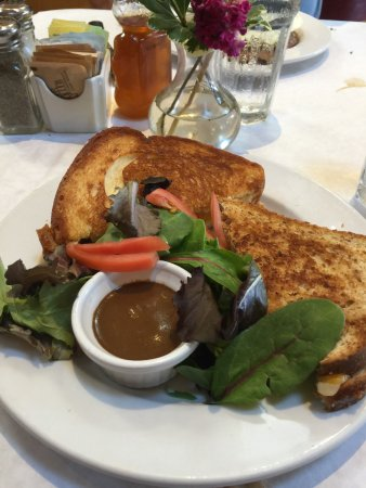 Toast: Grilled cheese