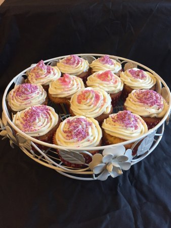 Tayvallich, UK: Some of cake - a - ways delights!