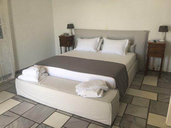 Paros Agnanti Resort: room