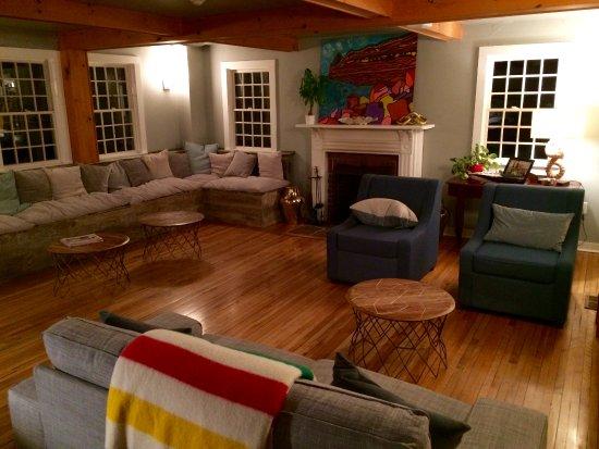 Bay Fortune, Kanada: The Inn's lobby / living room