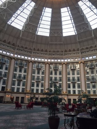 Gambar West Baden Springs