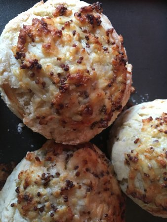 Burnsall, UK: Home baked cheese and wholegrain mustard scones
