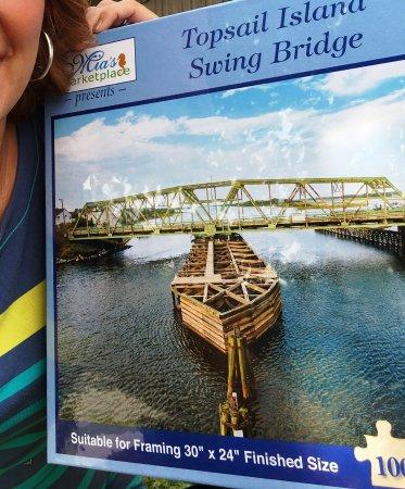 Surf City, Kuzey Carolina: Limited edition historic Swing Bridge puzzle