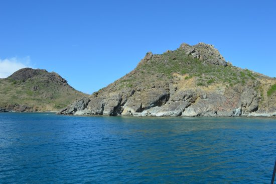 Oyster Pond, St-Martin / St Maarten: Snorkeling at Dormant Volcanoe