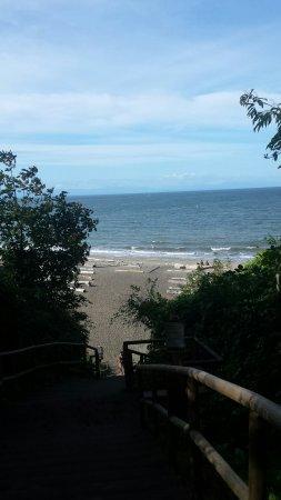 Wreck Beach: 20160908_110058_large.jpg