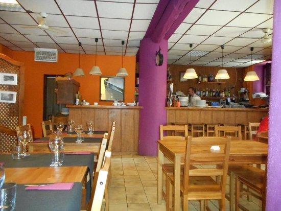 Mura, สเปน: Interior Restaurante Café Laika