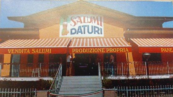 Canneto Pavese, إيطاليا: salumi DATURI