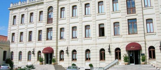 Hotel ATH Ribera de Duero: Fachada Hotel