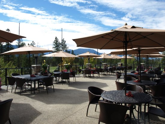 Invermere, Kanada: Restaurant Patio