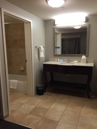 Hampton Inn and Suites Madison West: 208