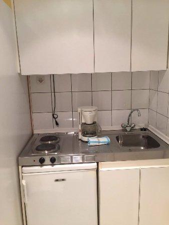 Dionysos Hotel: kitchen