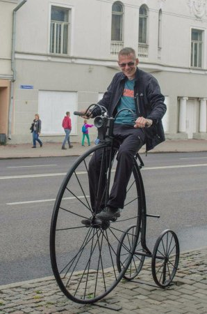 фото велосипед старый