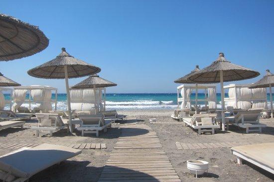Aegean Houses : Privater Strand des Diamond Deluxe Hotels, 10-15 MIn mit dem Rad.