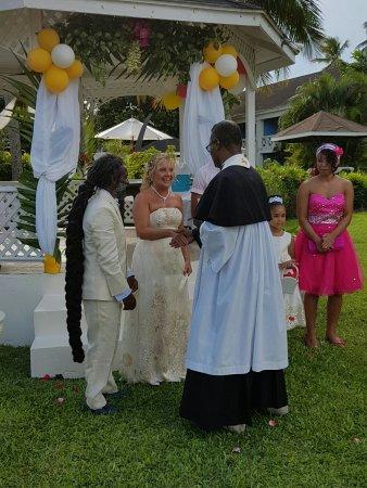 Holetown, Barbados: IMG-20160903-WA0146_large.jpg