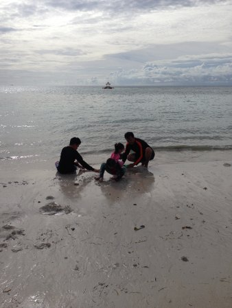 Gumasa Beach: lowtide