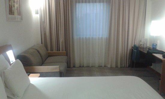 Foto pavimento sala colazione picture of novotel paris 13 porte d 39 italie kremlin bicetre - Novotel paris porte d italie ...