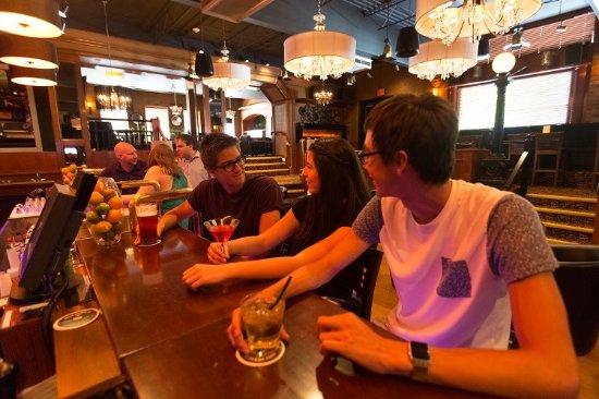 Foxy's Fine Food & Drinks: Ryan Flett / Lower Columbia