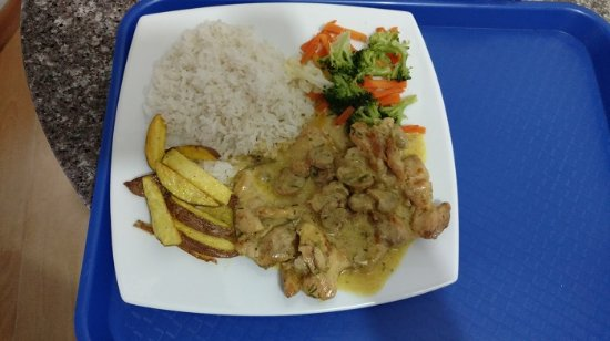 Quito Airport Suites: Our number one dish, rosemary chicken