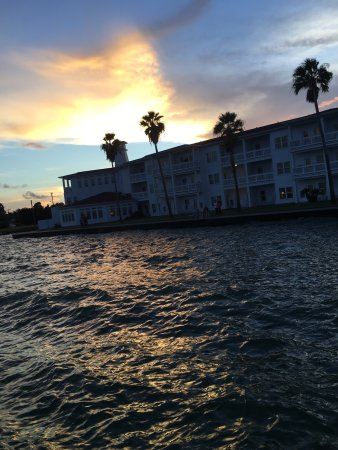 Lighthouse Inn at Aransas Bay: View from the pier and balcony of the room we stayed in