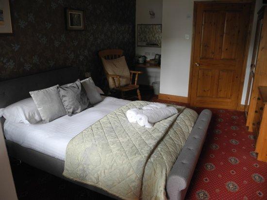Crooked Inn Photo