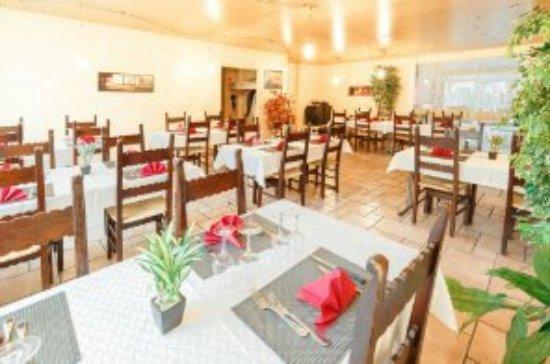 Moutier, سويسرا: Restaurant Hotel de la Gare
