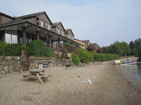 Lodge on Loch Lomond: View from Loch to Restaurant and Graham Rooms