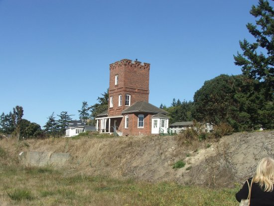‪‪Fort Worden State Park‬: Alexanders Castle; Available to rent and stay in!‬
