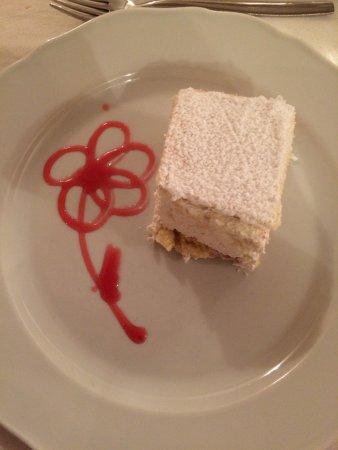 Varena, Italia: Una fantastica torta alla ricotta