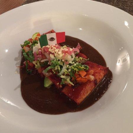 Excelente opción de gastronomía michoacana