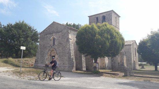 Buis-les-Baronnies, France: Passage à Ste Jalle