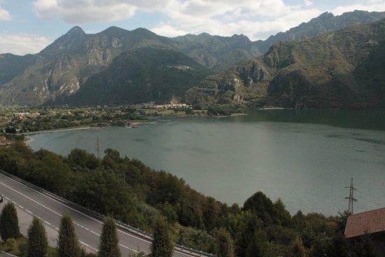 vista dalla terrazza - Bild von Villa la Pausa, Ponte Caffaro ...