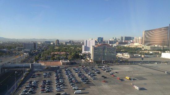 SpringHill Suites Las Vegas Convention Center: 20160916_075525_large.jpg
