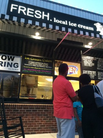 Photo of American Restaurant Fresh Local Ice Cream at 6033 Glenwood Ave, Raleigh, NC 27612, United States