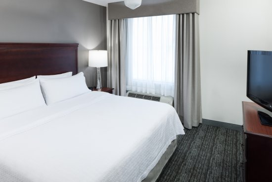 Homewood Suites by Hilton Huntsville-Village of Providence: King Bed