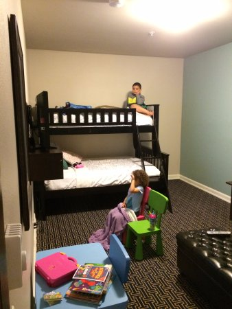 Kids Suite Bunk Beds With Separate 2nd Tv Picture Of Inn At Nye
