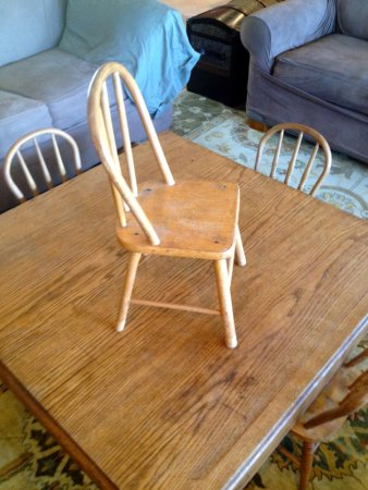 Boonville, MO: Child's chair - good find!