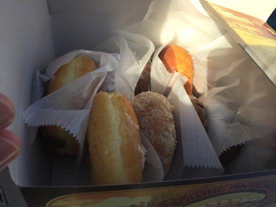 San Bruno, CA: Rolling Pin Donuts