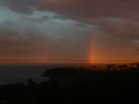 Atlantic Eyrie Lodge: 2 rainbows