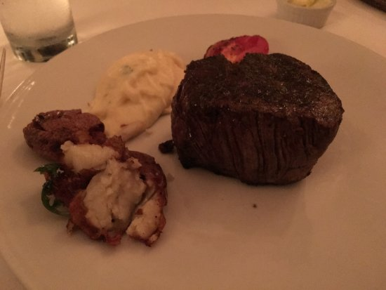 Oak Steakhouse: photo0.jpg