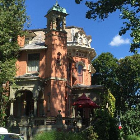 Jim Thorpe, Pensilvanya: house next door