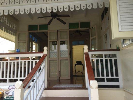 Baan Dinso Hostel: Wunderschön