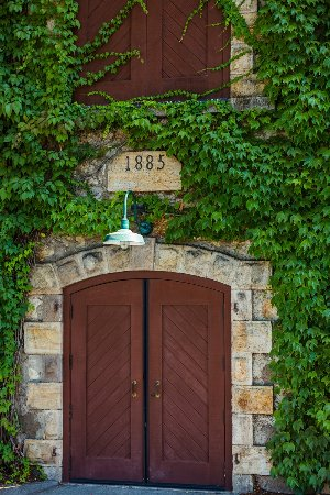 Beaulieu Vineyard: Winery Door