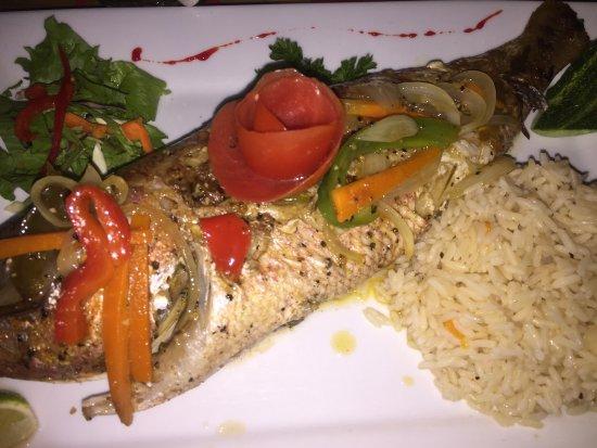 Turners Beach, Antigua: My food vs His lol we both enjoyed!!