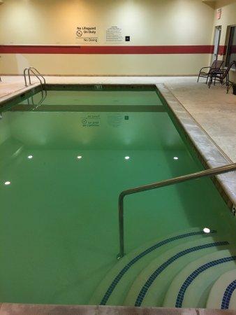 Columbia, IL: The GREEN pool!