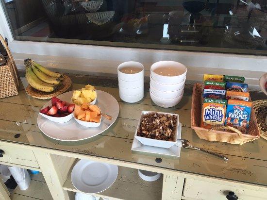 Barryville, NY: Pre-breakfast breakfast
