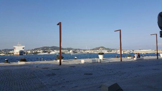 Puerto de Ibiza: 20160829_185739_large.jpg