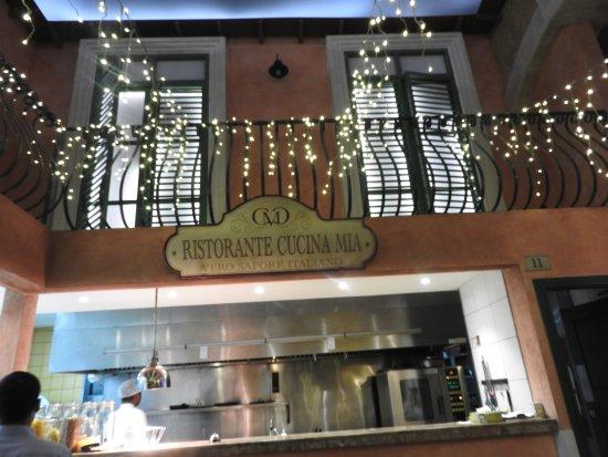 Cucina Mia Restaurant : Decor