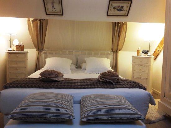 Lyzen: Nouvelle Décoration De La Chambre Du0027hôtes Romantique Volti