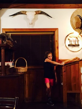 Shinola's Texas Cafe: photo1.jpg