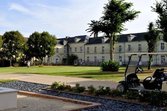 Roiffe, France : Practice à proximité du restaurant